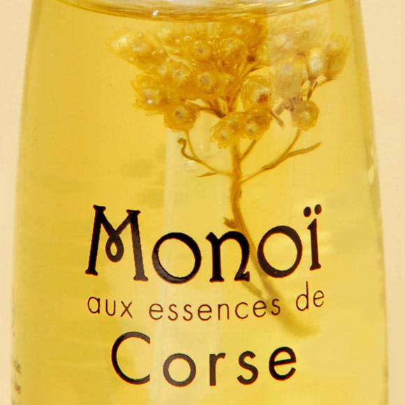 Dans cette huile 100% naturelle au Monoï de Tahiti Appellation d'Origine, la fleur d'immortelle cueillie en Corse fait un clin d'oeil insulaire la fleur de Tiare Tahiti... Bel hommage, non ?