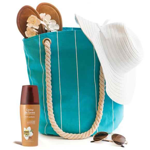Corine de Farme est allée chercher, au cœur de la nature polynésienne, l'huile prodigieuse de Monoï de Tahiti pour apporter ses vertus hydratantes et apaisantes et les plaisirs d'une peau bronzée et parfumée.