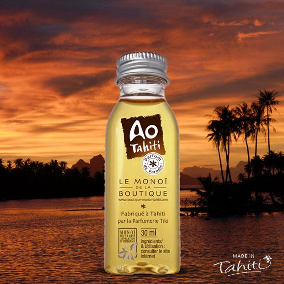 Monoï de Tahiti Appellation d'Origine 97 %. Fabriqué et conditionné à Tahiti par La Parfumerie Tiki.