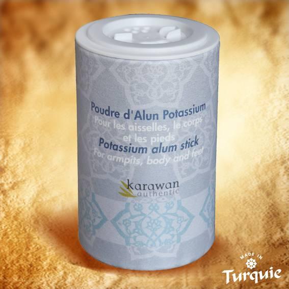 Cette poudre de pierre d'Alun importée de Turquie est entièrement naturelle et issue de l'artisanat traditionnel: elle résulte du polissage des pierres d'Alun pour votre plus grand confort sur la peau.
