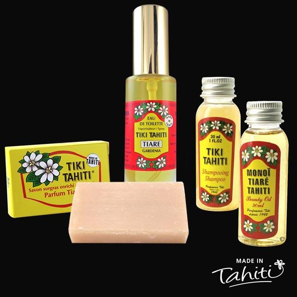Rikiki le pack Tiki : mini savon, mini Eau de Toilette, mini shampooing et mini Monoï, le tout parfumé à la fleur de Tiaré ! Fabriqués à Tahiti par la Parfumerie Tiki 100 % tahiti donc !