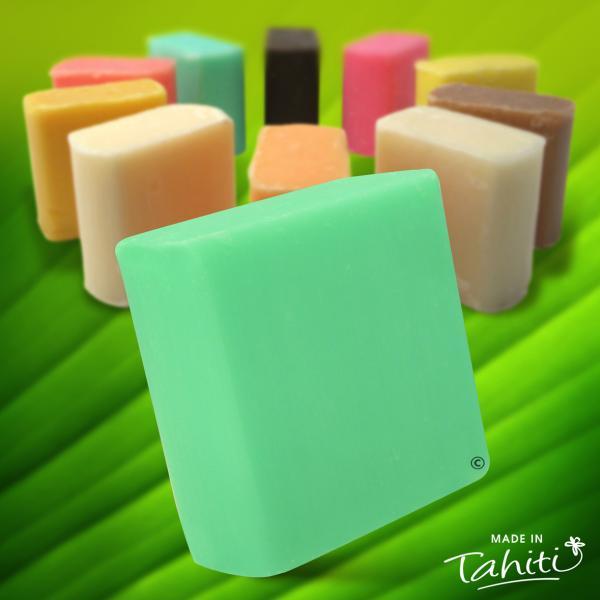 Vous apprécierez cette gamme de Savons 100 % végétale fabriquée à Paea Tahiti par La Savonnerie de Tahiti pour la qualité de leurs senteurs exotiques, véritable régal pour une peau parfumée...