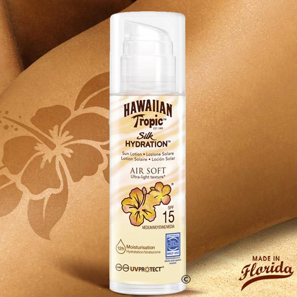 Air Soft Silk Hydratation: sa pénétration rapide, non collante et sans trace, et son nouveau parfum fruité aérien, en font un excellent gardien de beauté pour les peaux les plus sensibles.